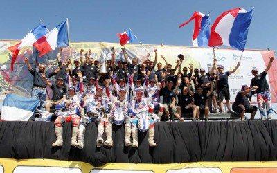 Le podium avec l'Equipe de France et tout le staff